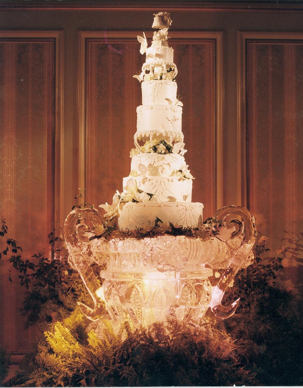 thomas-barlow_cakes_ice&cake.jpg