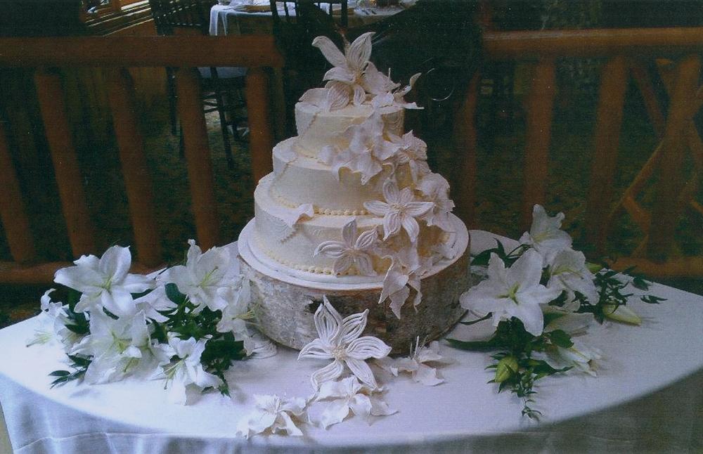 thomas-barlow_cakes_lilies.jpg