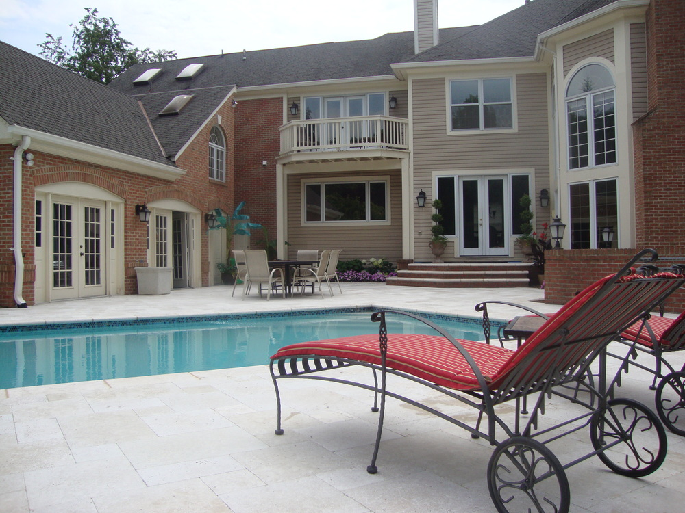 Light Wanut 4 Piece Travertine Pool Deck