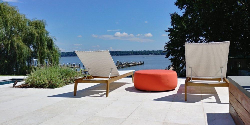 Modern Outdoor Living Design