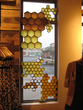 The honeycomb looked pretty on the inside of the store, too. The  sunlight streaming through the window highlighted the different colors.
