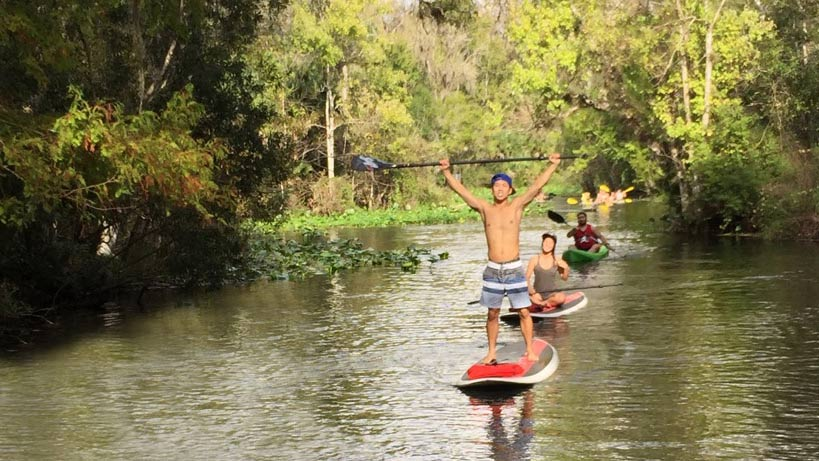 Group-Paddling-down-Wekiva-River.jpg