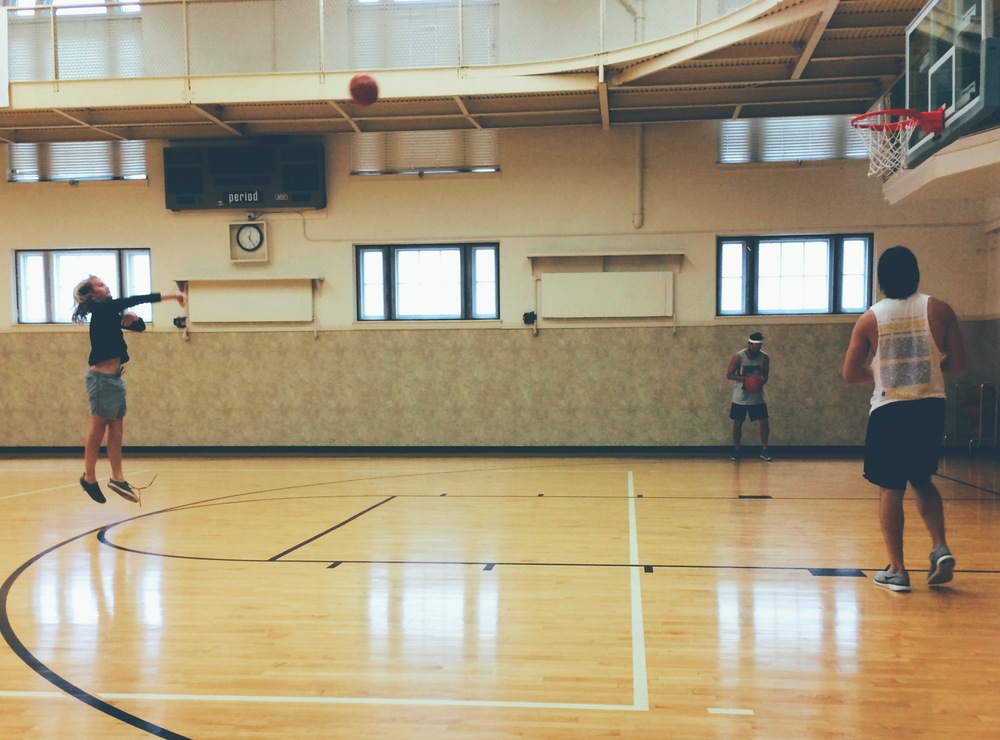 Balling up. Missouri Athletic Club, St Louis.