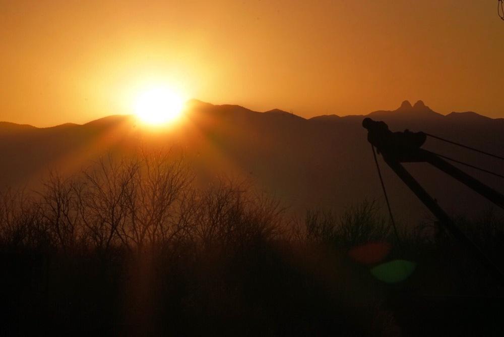 Sunset Tow - Bowie, AZ
