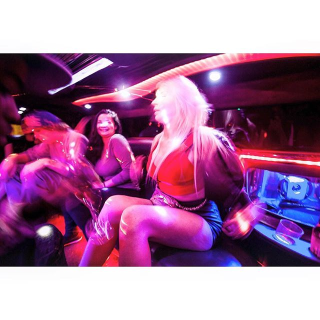 INSIDE a hummer stretch limousine, #surfersparadise QLD #australia