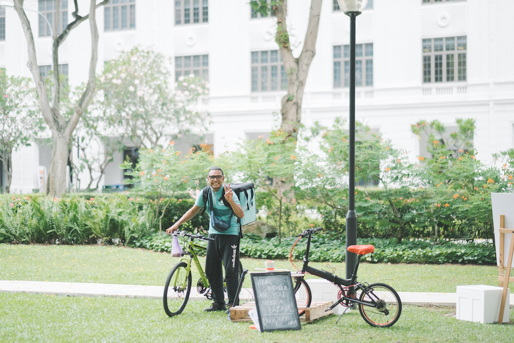 Perhaps Telok Ayer Park as a pit-stop for delivery cyclists?