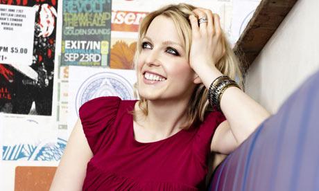 Lauren Lavern - TV & BBC 6 Music Presenter chose L'anarchiste's Juneau as her MPFree