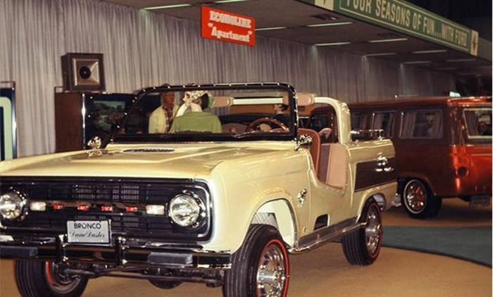 From the Chicago Auto Show archives.