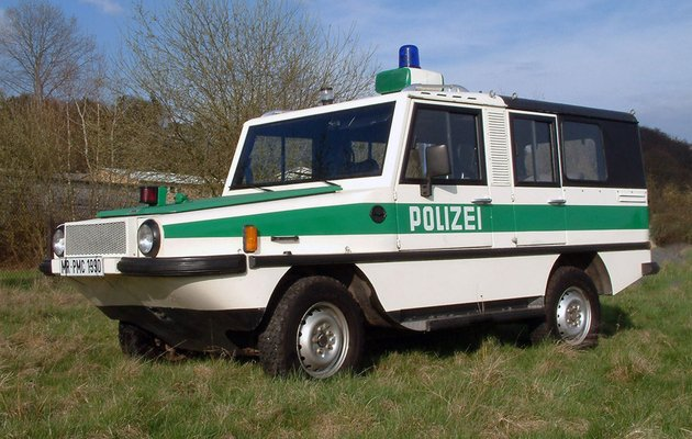 Polizei RMA Amphi-Ranger