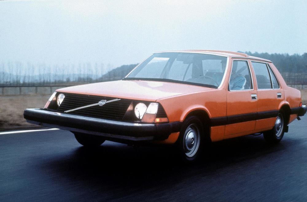 167-volvo-volvo-experimental-safety-car-vesc-2.JPG