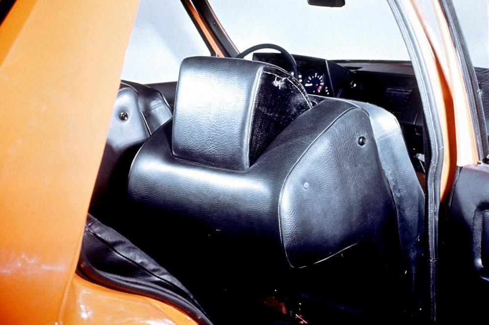 167-volvo-volvo-experimental-safety-car-vesc-5.JPG