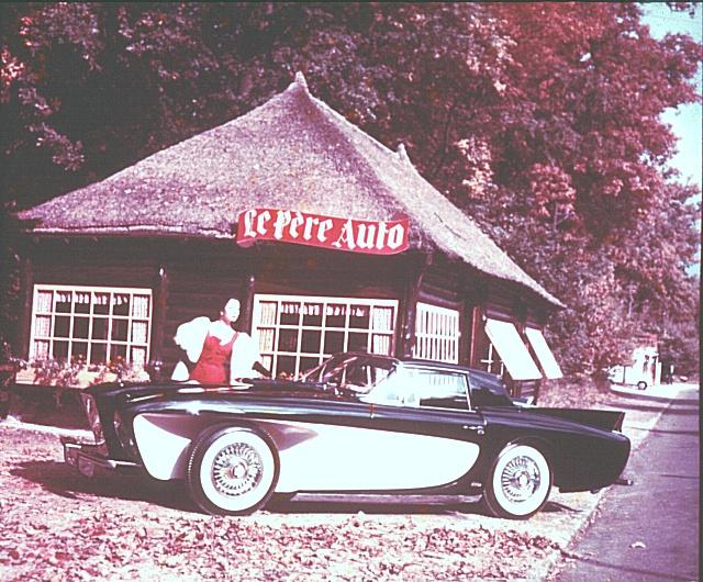 1955_Gaylord_Sports_Touring_(Brooks_Stevens)_02.jpg