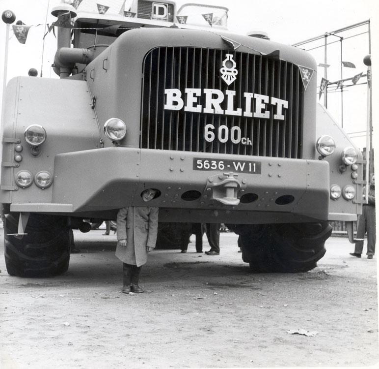 berliet-t100-4.jpg