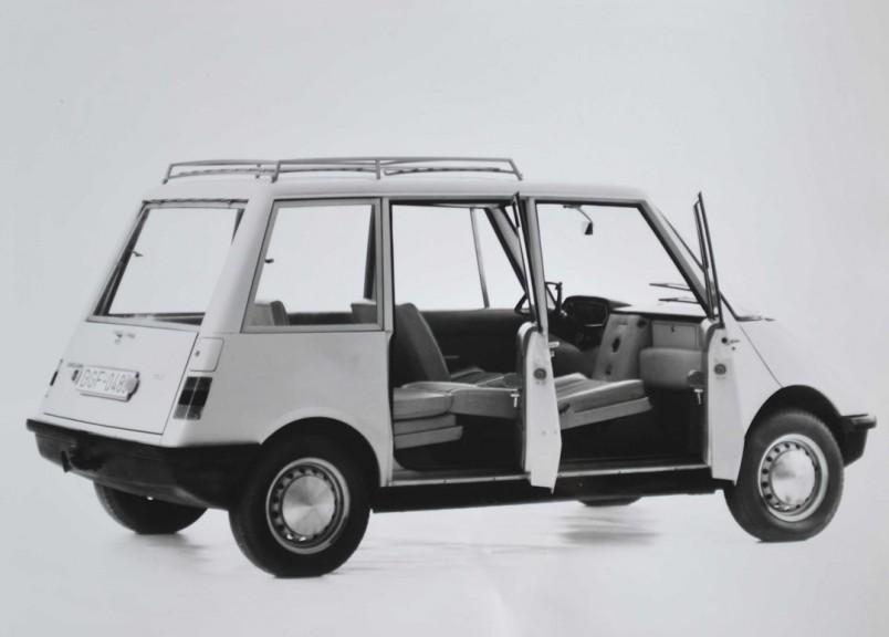 1965_Autonova_Fam_02.jpg