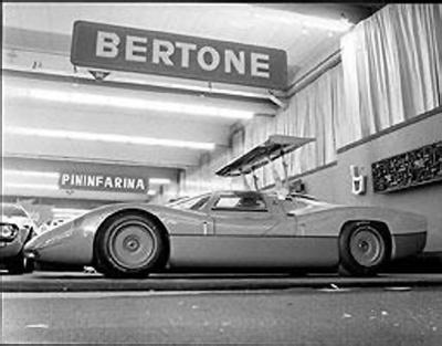 1968_Bertone_Panther_07.jpg