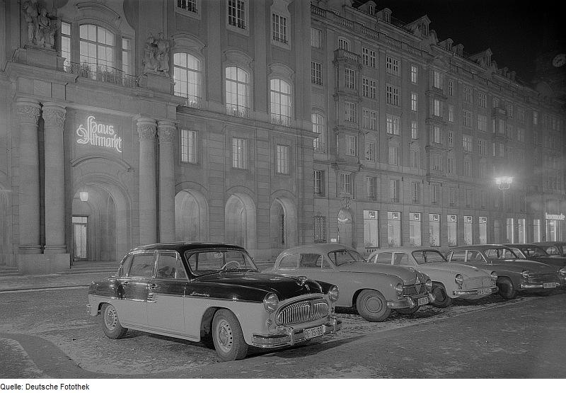 Sachsenring-P240-1957-Fotothek_df_ps_0002249_Stadt_^_Stadtimpressionen.jpg