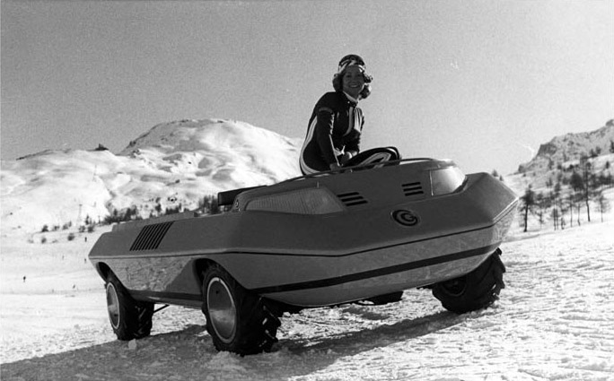 1972_Bertone_Suzuki_Go_05.jpg