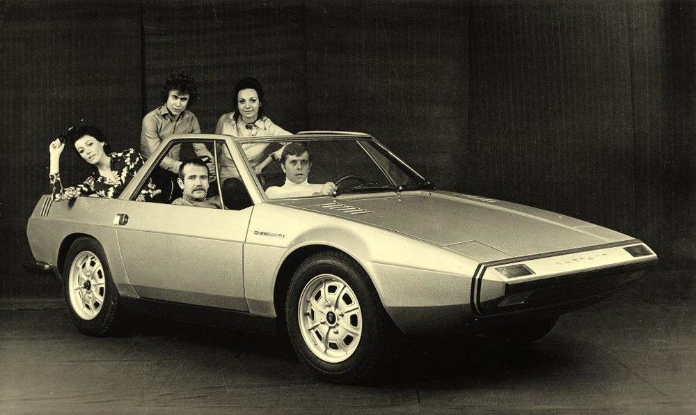 1971_ItalDesign_Volkswagen-Karmann_Cheetah_05.jpg