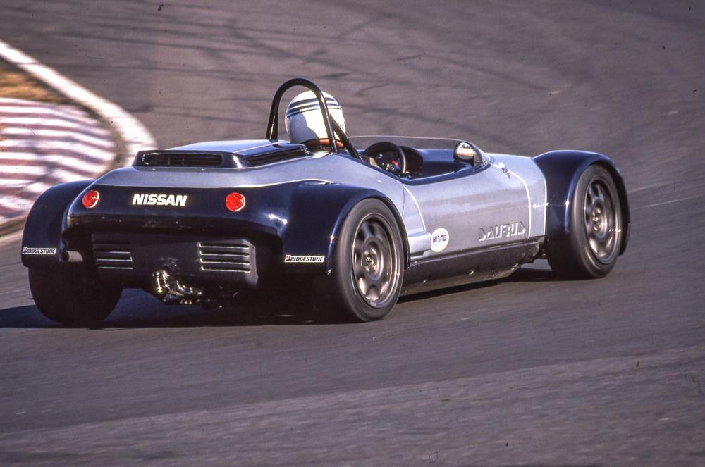 Nissan Saurus Cup race car