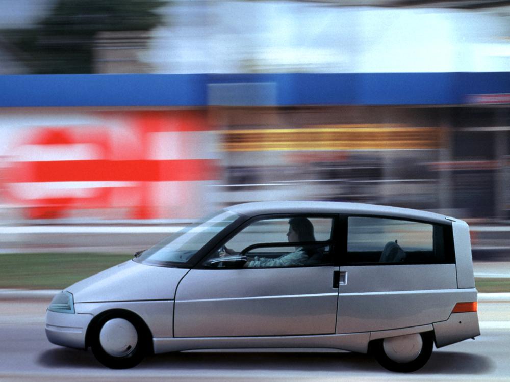 1987_Renault_Vesta-II_Concept_03.jpg