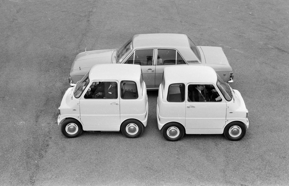 1967_Ford_Comuta_electric_car_prototype_09.jpg