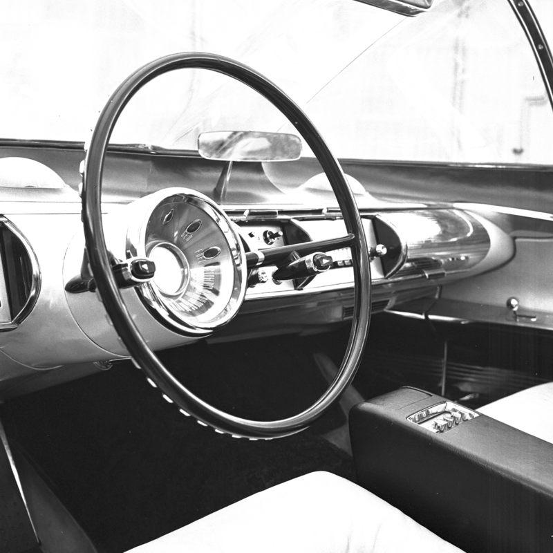 1955_Lincoln_Futura_Interior_01.jpg