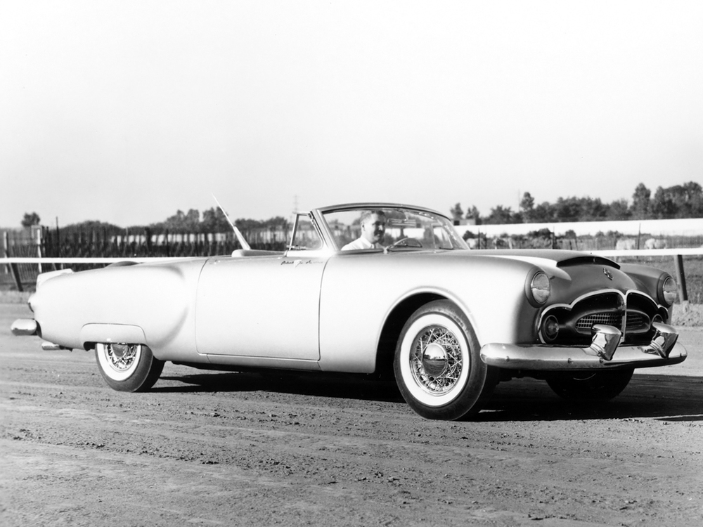 packard_pan-american_concept_car.jpeg