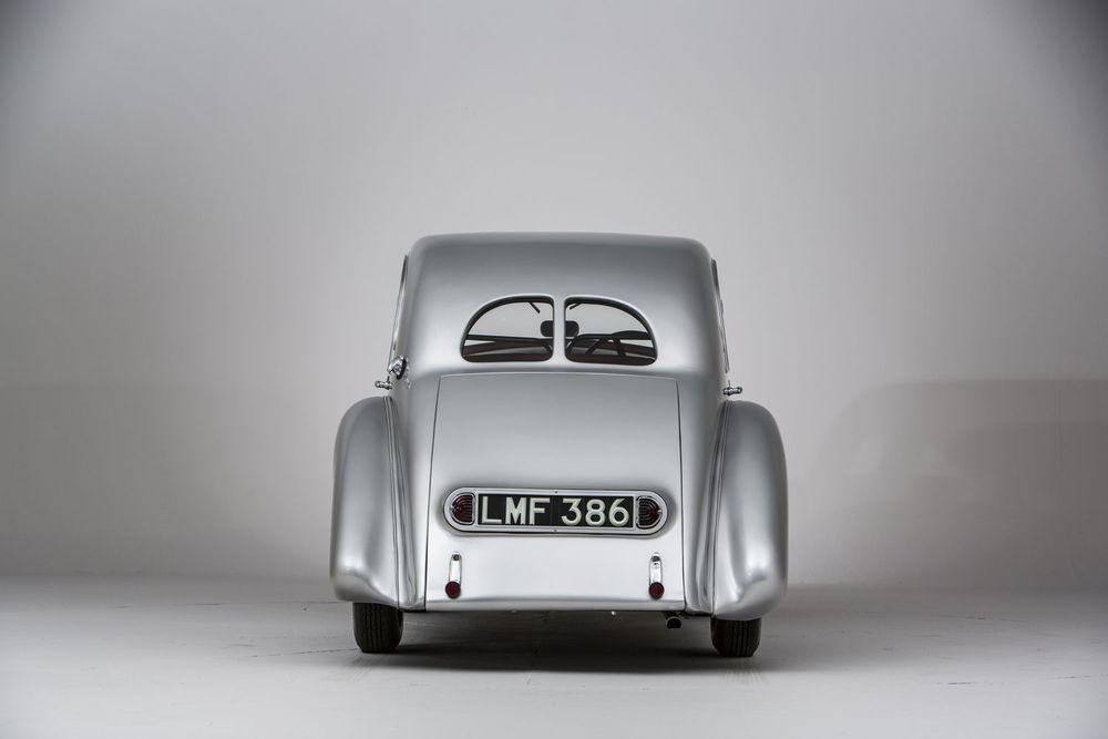 Aston-Martin-Atom-back.jpg