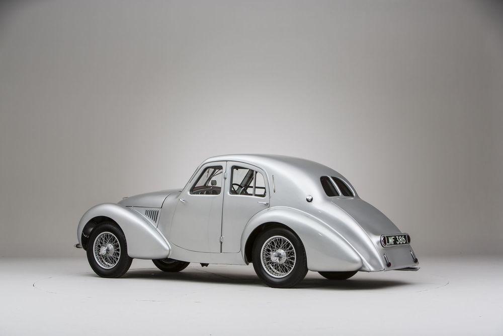 Aston-Martin-Atom-three-quarter-rear.jpg
