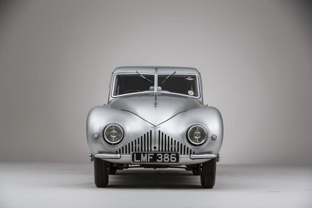 Aston-Martin-Atom-front-wide.jpg