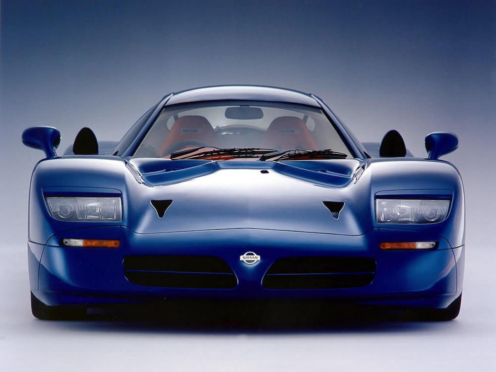 1998_Nissan_R390GT12.jpg
