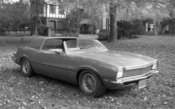 1970_Ford_Maverick_Estate_Coupe_01.jpg