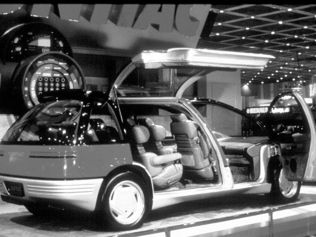 1986_Pontiac_Trans_Sport_Concept_Detroit_01.jpg