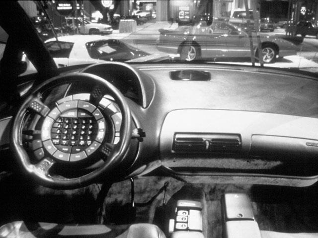 1986_Pontiac_Trans_Sport_Concept_Detroit_02.jpg