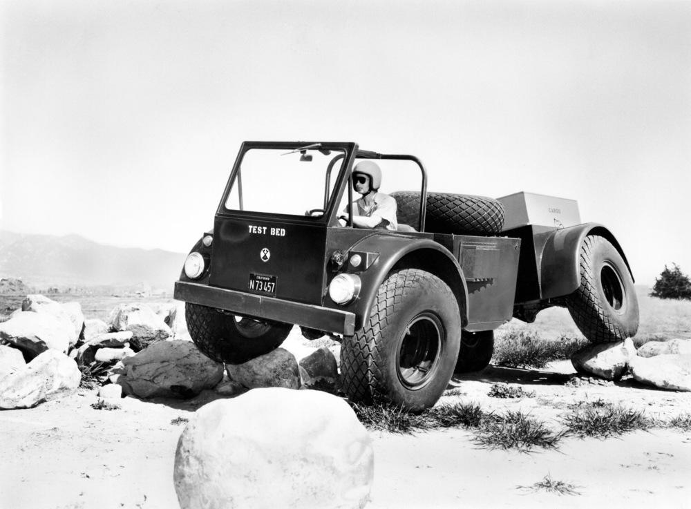 1965-circa-Chevrolet-Sidewinder-Experimental-All-Purpose-Military-Vehicle-GMW-0365-0033.jpg