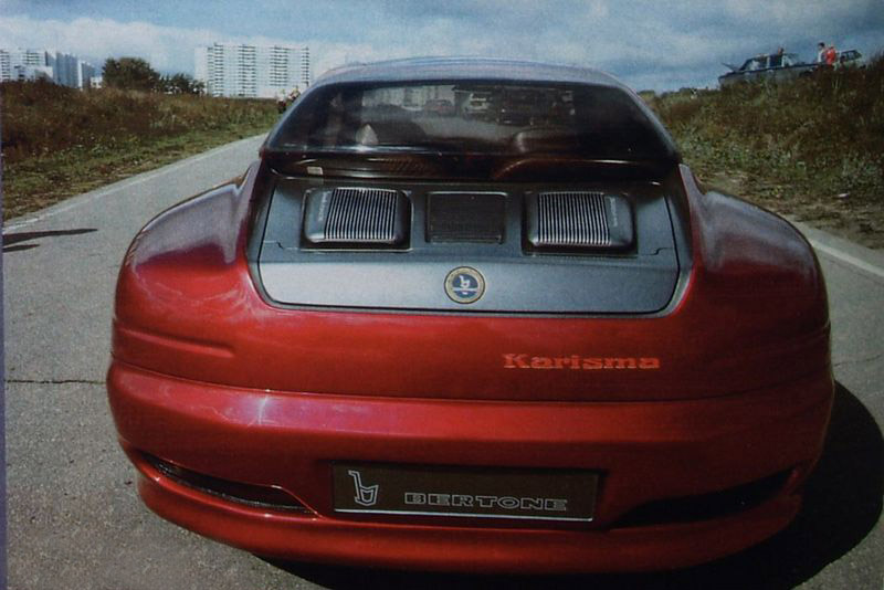 1994_Bertone_Porsche_Karisma_09.jpg