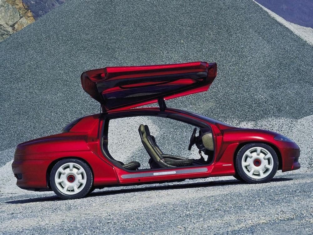 1994_Bertone_Porsche_Karisma_05.jpg