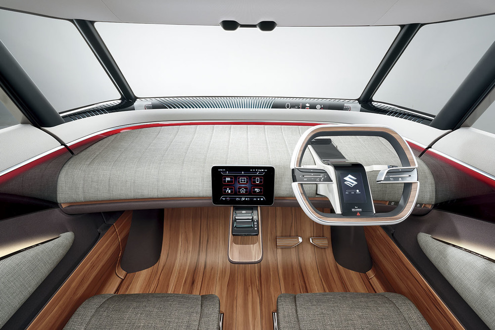 2015-Suzuki-Air-Triser-Interior-01.jpg