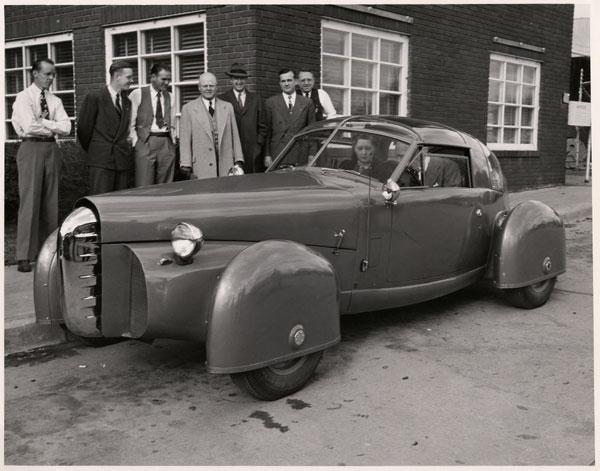 Tasco-by-Gordon-Buehrig-1948-03.jpg