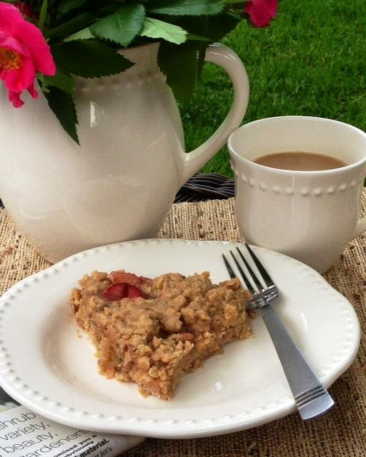 Great Grandma Anne's Gluten-Free Rhubarb Crisp