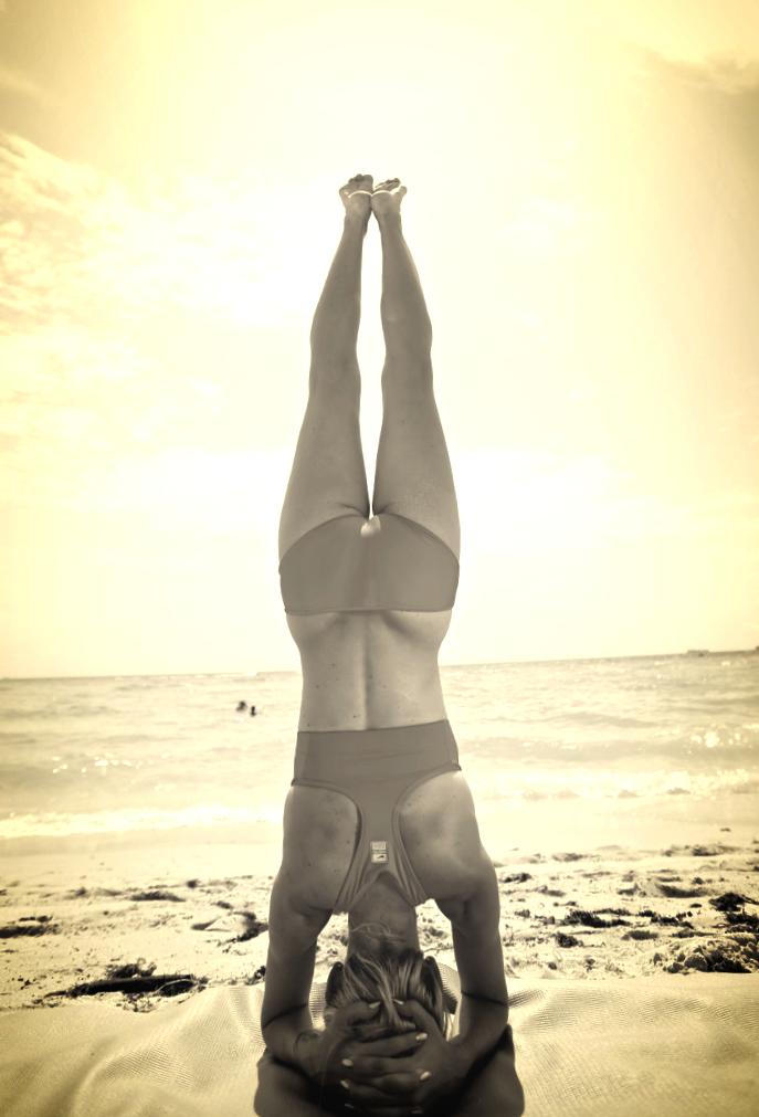 headstand1.jpeg