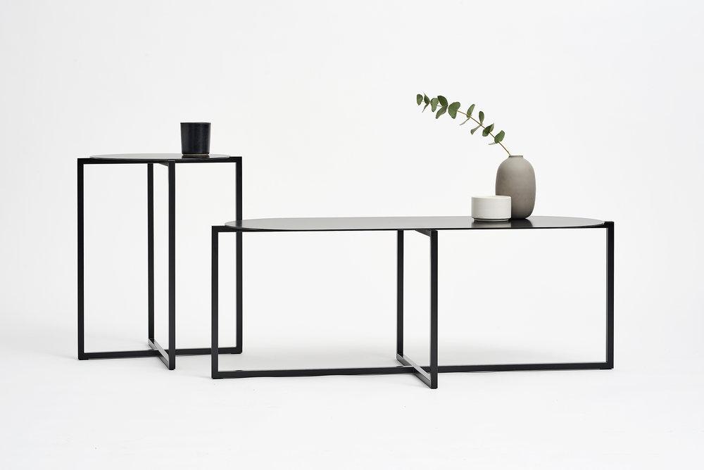 spot-coffee-tables-steel-black-set-Moskou-3.jpg