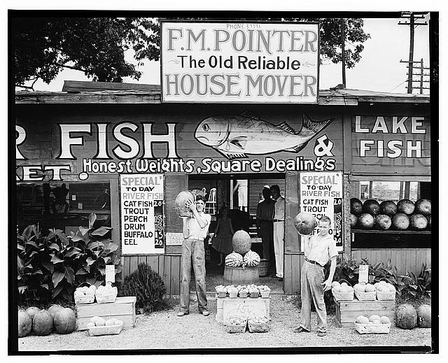 Fish market, Birmingham, Alabama. 1936. (Walker Evans/FSA/Library of Congress)