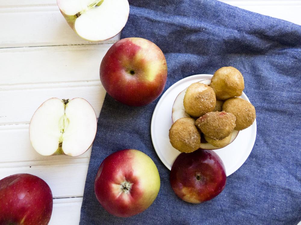 Healthy-Mini-Cinnamon-Sugar-Apple-Bites.jpg