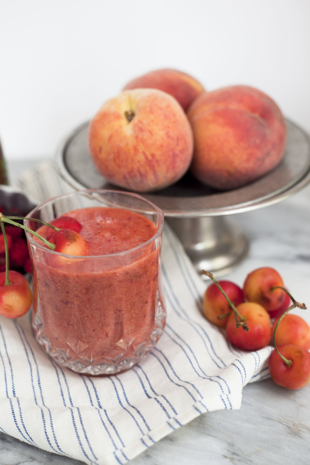 Beauty Booster Smoothie: Cherry Peach