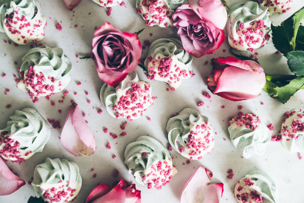 Gluten Free Dessert: Spirulina Meringues with Rose Crystals