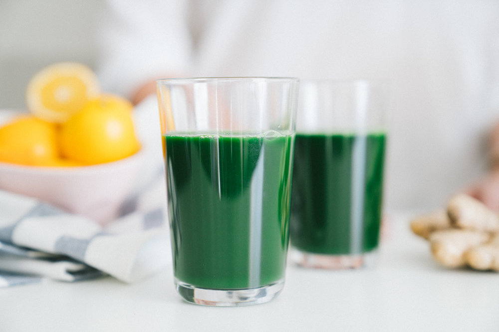Spirulina Meyer Lemon Green Juice in a Blender
