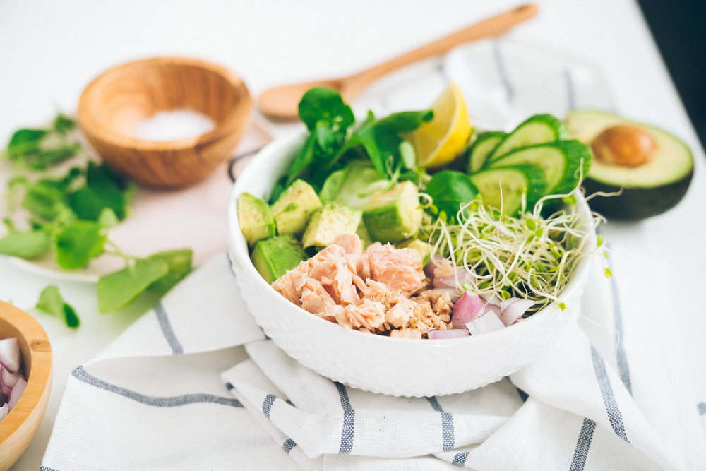 tuna and avocado greens bowl