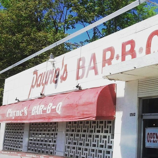 Quite an honor for Payne's Bar-B-Q to be named by Thrilllist as the top BBQ joint in all of TN. I'm also stoked to see that Miss Myra's in Vestavia Hills, AL got the nod for my home state. #bbq #foodporn #forkgasm #choose901 #memphis https://www.thrillist.com/eat/nation/best-bbq-restaurants-in-the-usa