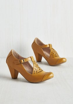 Picture of Poetic Heel @ ModCloth